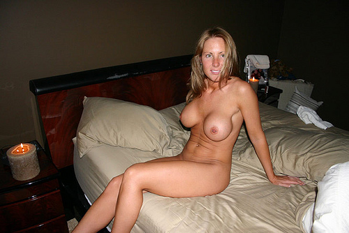 Nude pics of wedding night