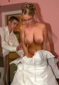 naked-bride