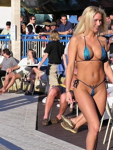Public bikini contest