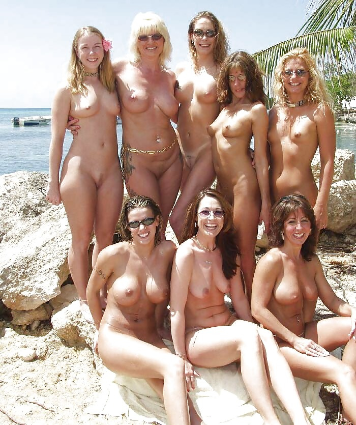 5573681925 d4d34b63de b Nudist Mothers Daughters