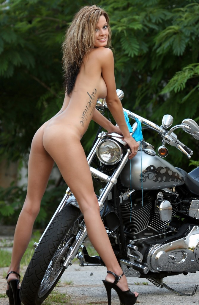 nude biker harley 3 2 670x1024 Nude Female Harley Biker