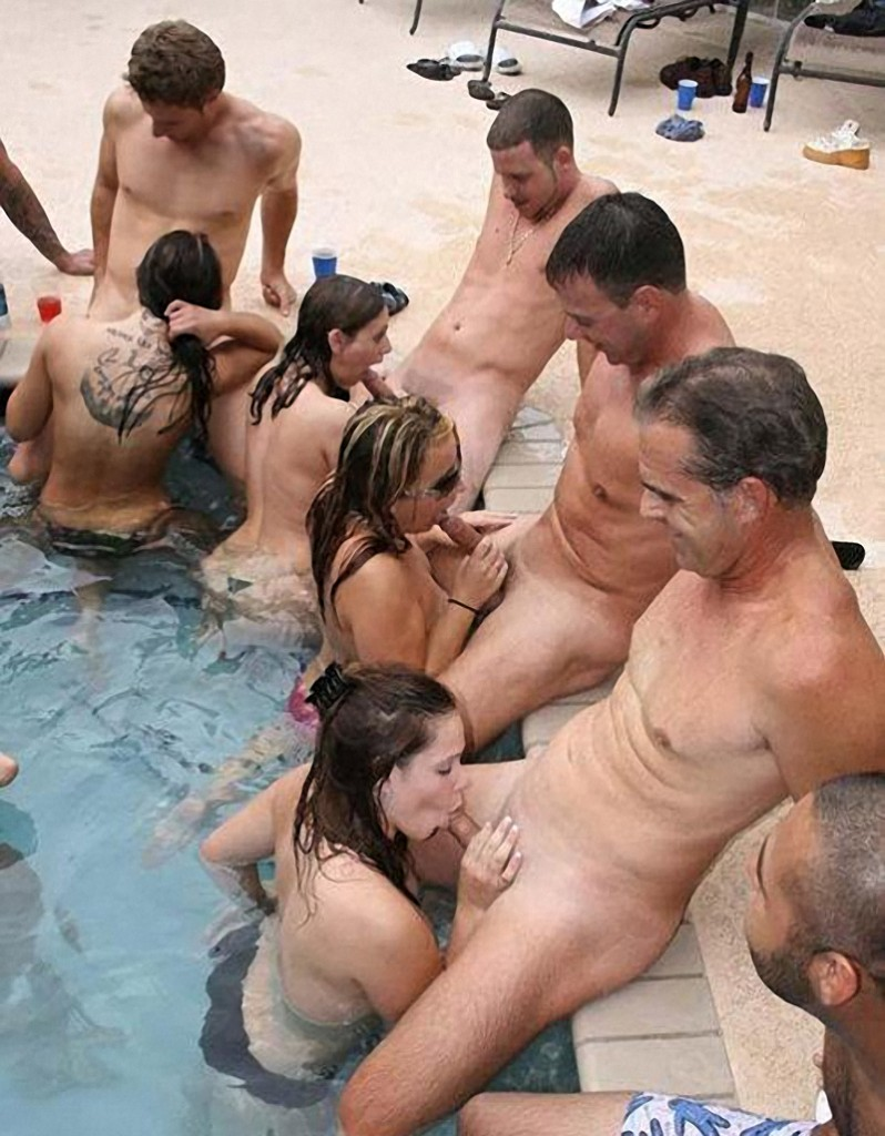 swinger resort pool sucking cock 798x1024 Swinger Resort Sucking Cock Contest