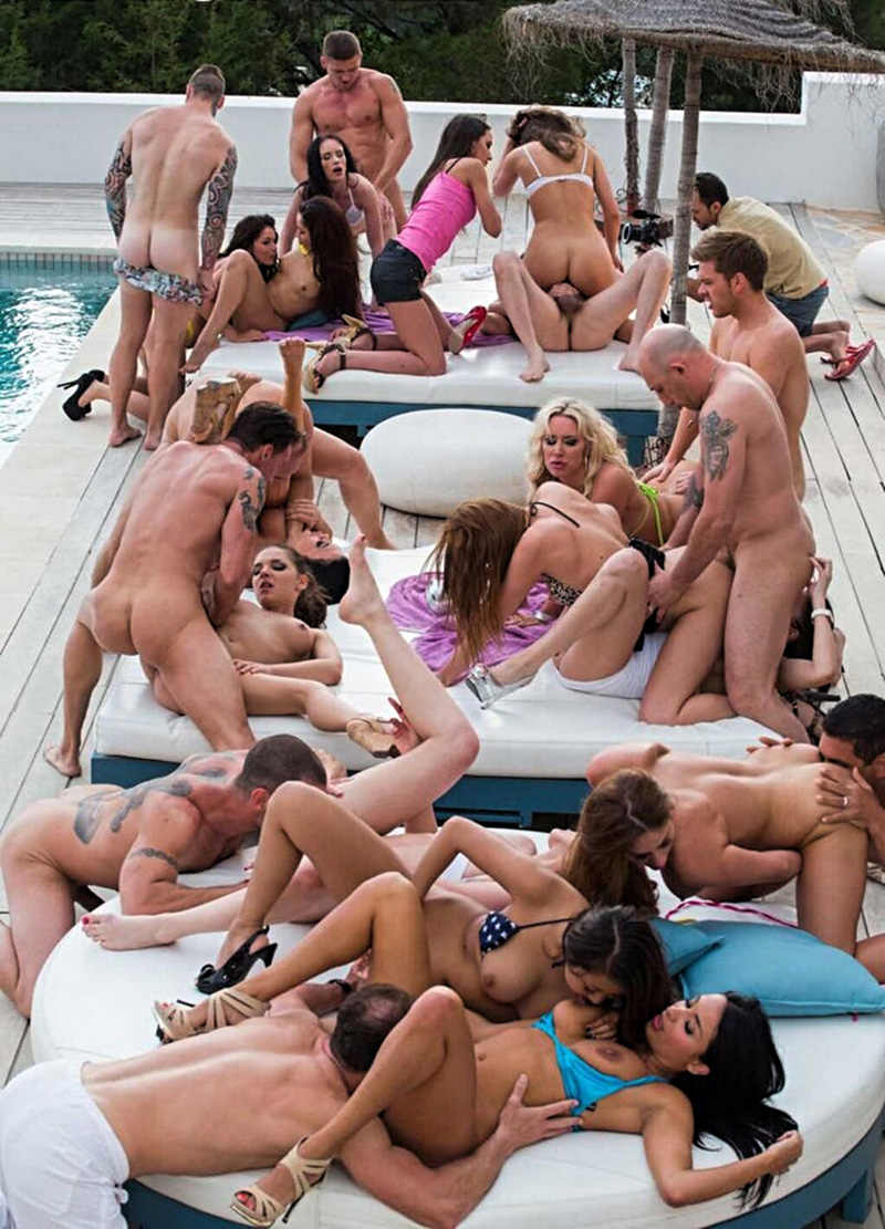 Fun pool party orgy see which lady screwed 4