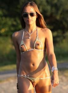 topless bikini bottomless pussy lips